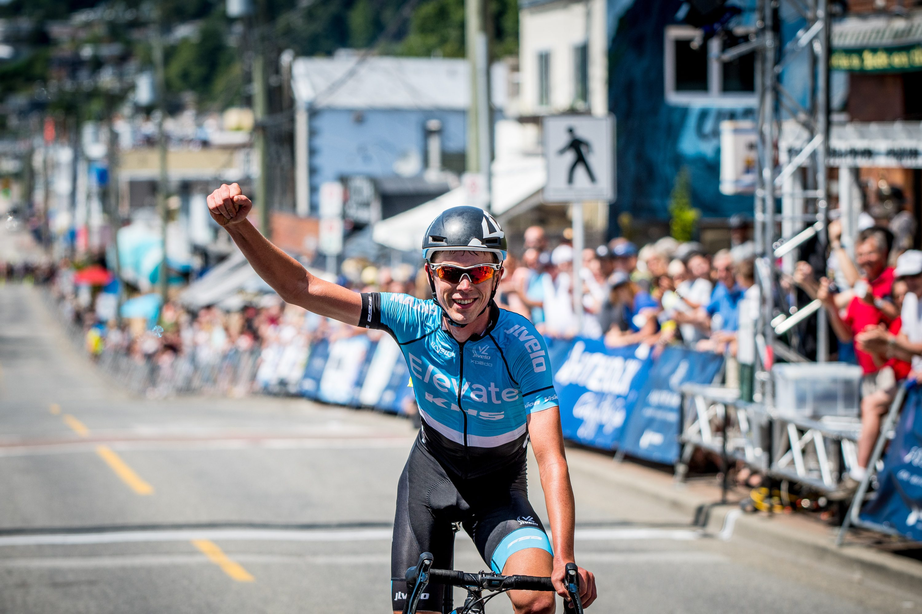 Canadians shine on final weekend of 2019 BC Superweek